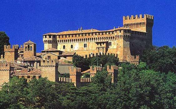 Hotel economici per una vacanza a rimini alberghi for Hotel milano economici